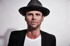 Walton Goggins Wants Us To Celebrate The Shit Out Of 'The Hateful Eight'