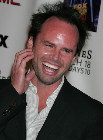Hollywood star Walton Goggins shows us the man behind the shield!
